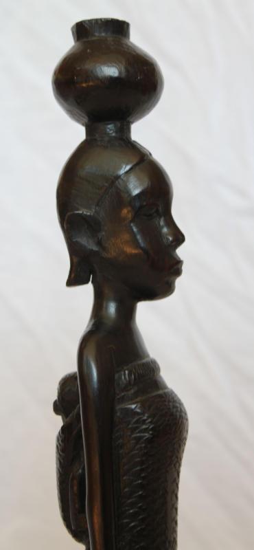 makonde_sculpture_35cm_25euro_2.jpg