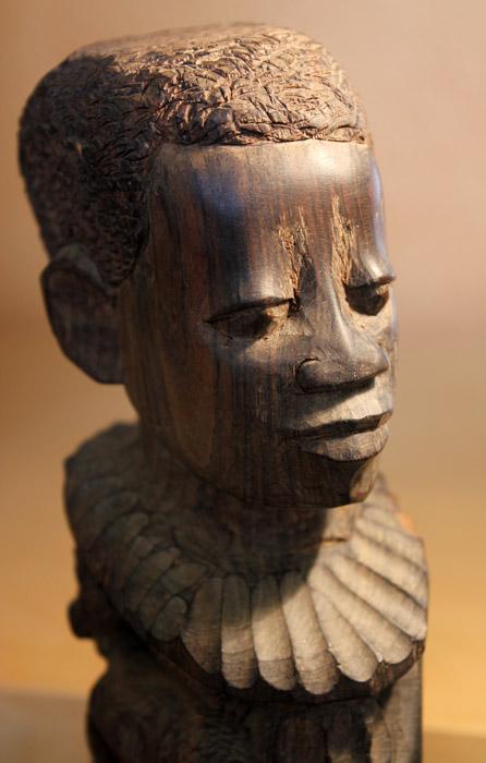 makonde_sculpture_ujamaa_50cm_250euro_5.jpg